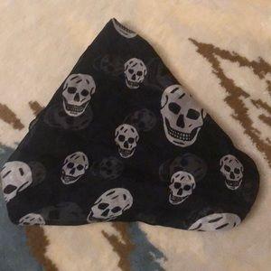 Authentic Alexander McQueen scull silk scarf